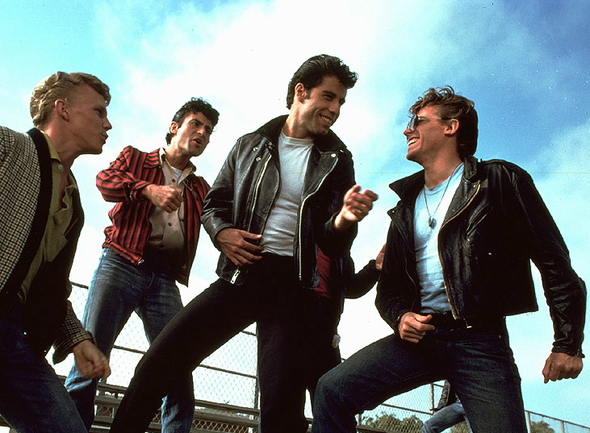protagonistas masculinos grease look rocker
